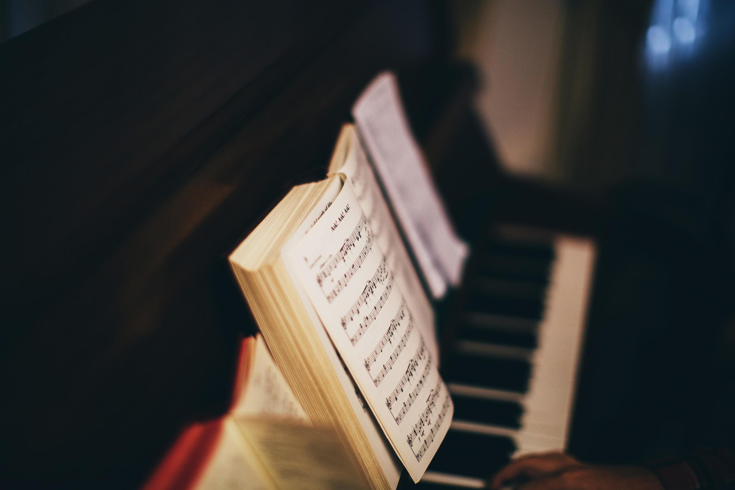 Desktop musicnotes piano